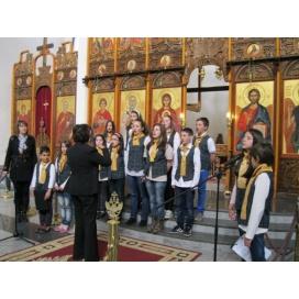 """""""Чисти сърца"""" отпразнуваха Великден със самостоятелен концерт"""